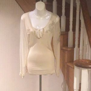 Long sleeve blouse avail col cream and bla…